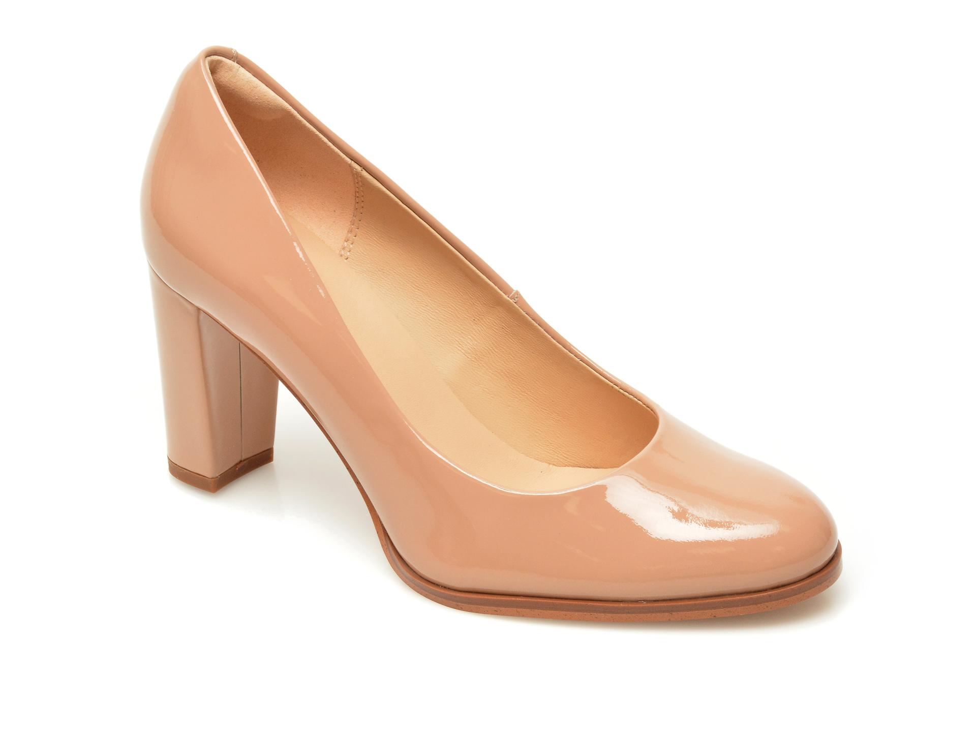 Pantofi CLARKS bej, Kaylin Cara 2, din piele naturala lacuita