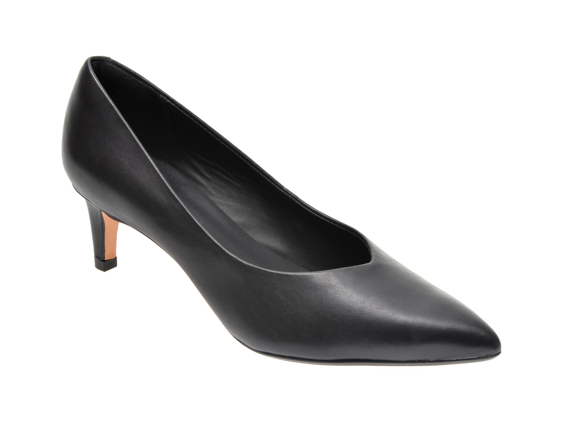 Pantofi CLARKS negri, LAI55C2, din piele naturala