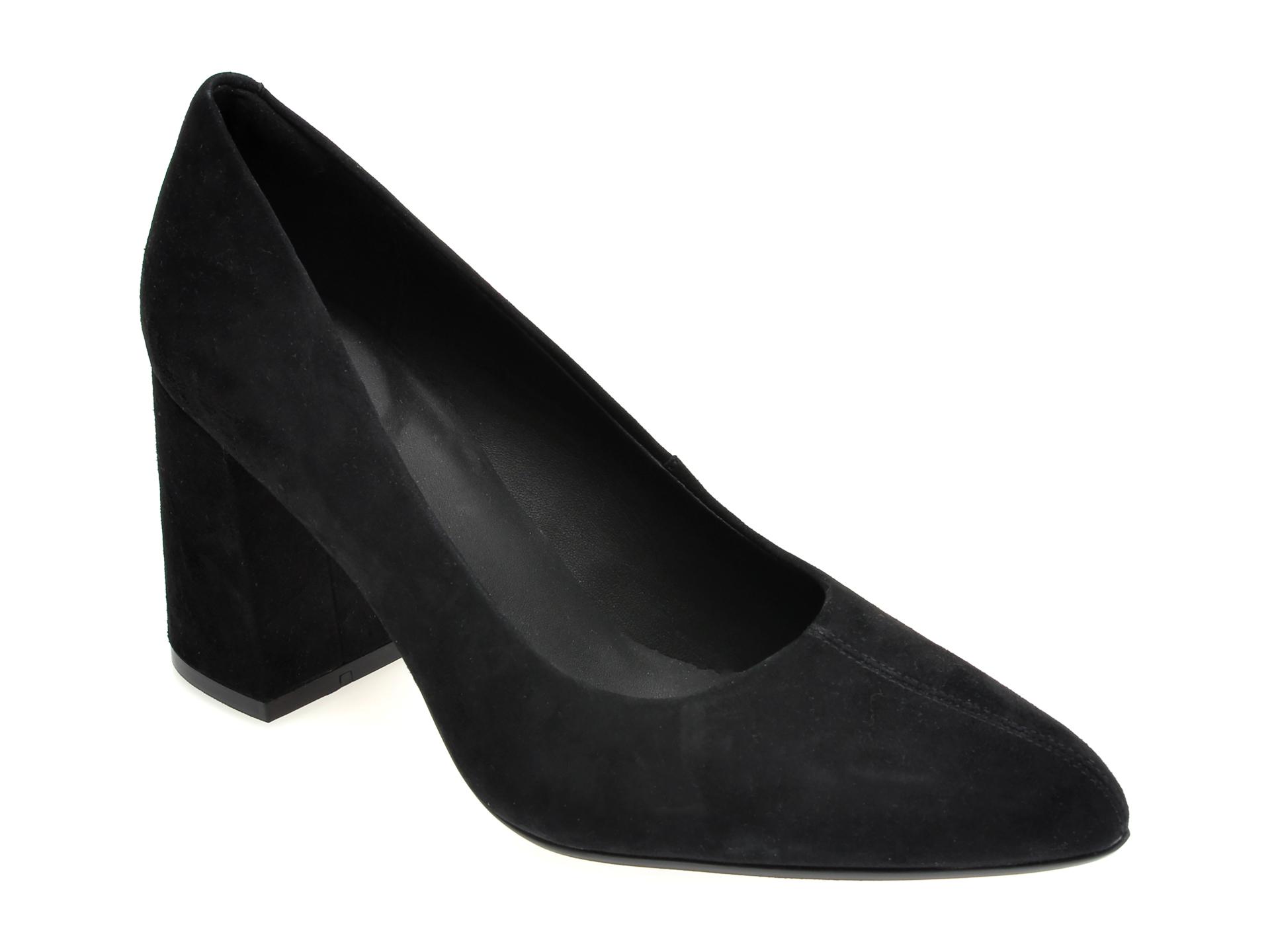 Pantofi CLARKS negri, LAI85CO, din piele intoarsa