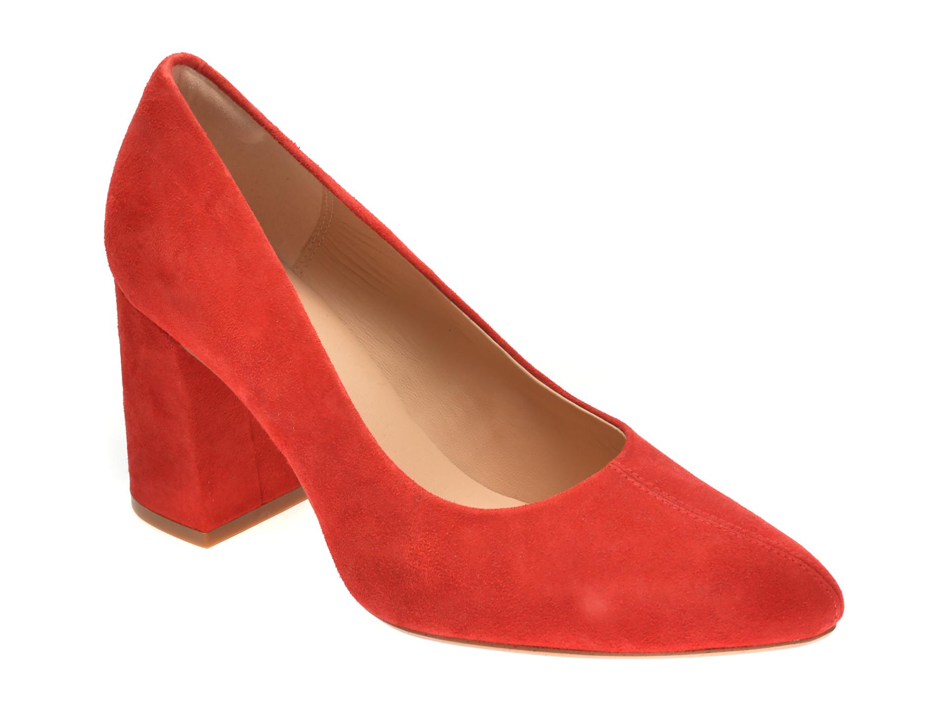 Pantofi CLARKS rosii, LAI85CO, din piele intoarsa