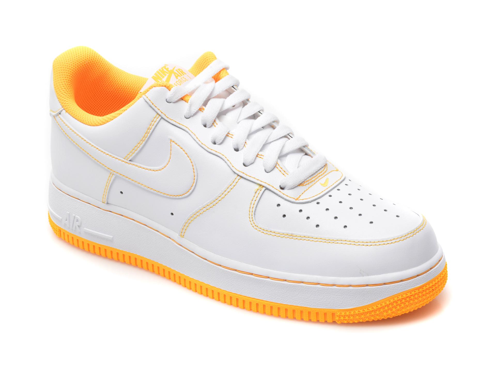 Pantofi sport NIKE albi, Air Force 1 07, din piele naturala